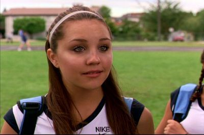 She-s-The-Man-amanda-bynes-7935019-400-266